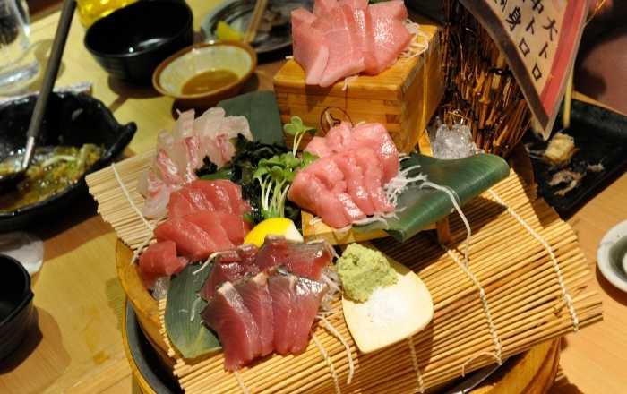 居酒屋の魚介類