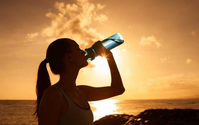 身体に大切な水。その働きとは? (1)