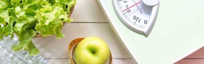 「体重だけを目標設定にしないこと」